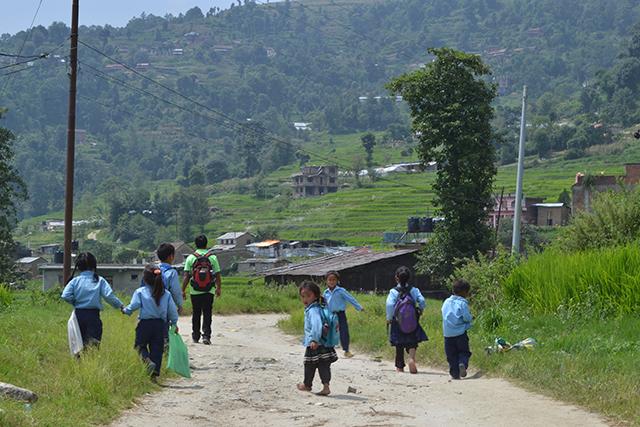 Niños en Jitpurphedi, una zona rural de Nepal.