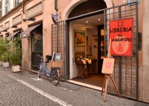 Librería en Roma, Italia.